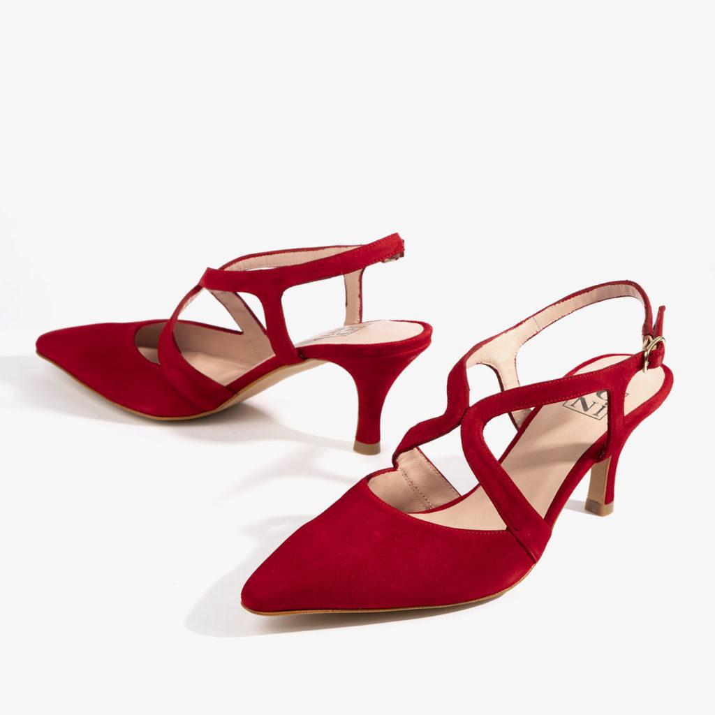 salon joni shoes confeccionado en ante de color rojo