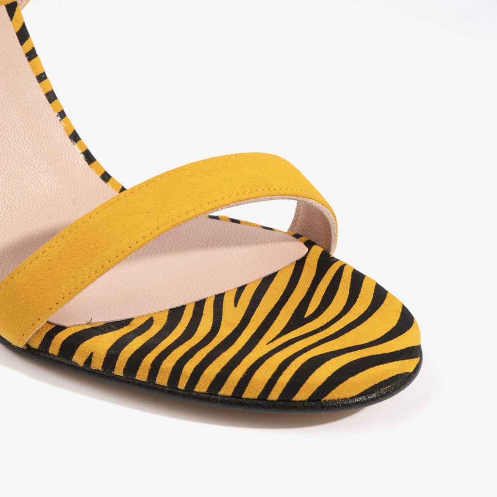 sandalia joni shoes en color amarillo 18157