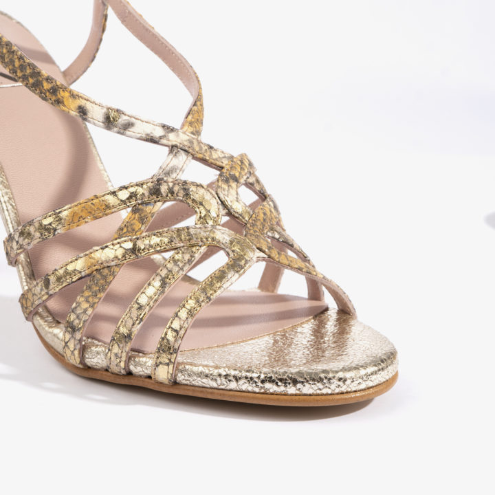 sandalia joni shoes en color dorado 18167