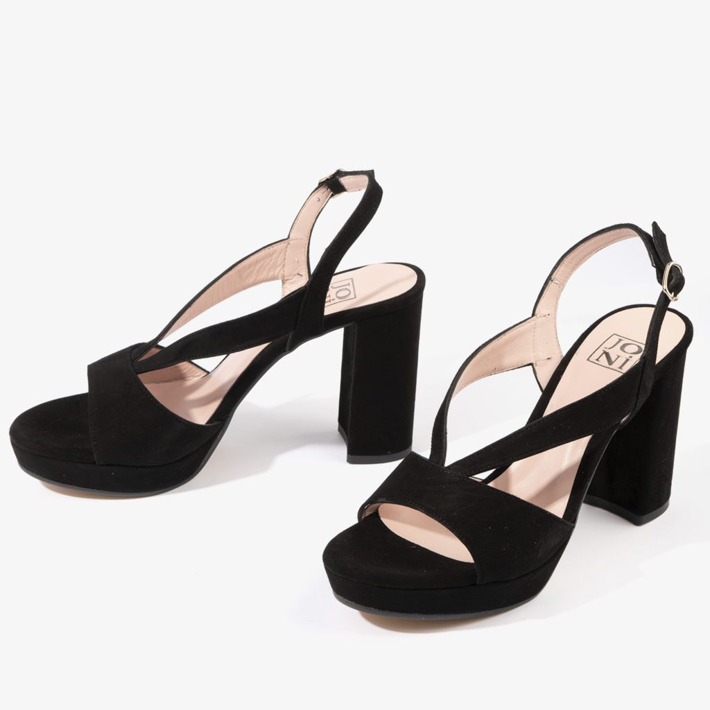 sandalia joni shoes confeccionada en ante con color negro