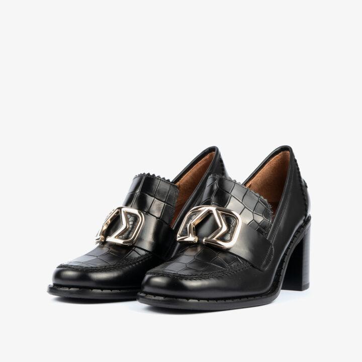 Zapato de tacón negro 21423
